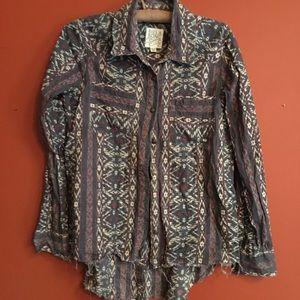 Billabong western distressed button up shirt small